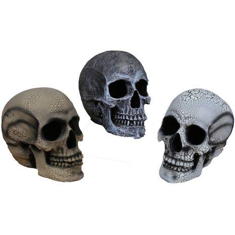 Бутафорский желтый череп 15 см.